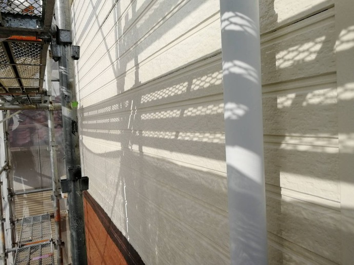 外壁 2F 上塗り完了【ハニーハウス】.jpg
